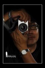 Portrait of a Photographer (Ringgo Gomez) Tags: 1001nights nikon80200mm nikond90 flickrdiamond malaysianphotographers concordians perfectphotographer sarawakborneo thebestshot nikond90club 1001nightsmagiccity flickraward5 flickrawardgallery