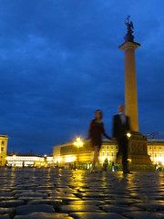 SPB Palace Square with Alexander Column (robert_m_brown_jr) Tags: reflection angel stpetersburg walking square hands couple russia palace cobblestone column holdinghands alexander palacesquare generalstaffbuilding alexandercolumn sanktpeterburg  dvortsovayaploshchad dvortsovaya ploshchad kolonna aleksandrovskayakolonna aleksandrovskaya