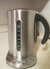 sh12 fancy (Upupa4me) Tags: new water coffee shiny tea appliance boil themonthlyscavengerhunt brevile 0213sh12 sh12fancy brevillevariabletemperaturesteamkettle