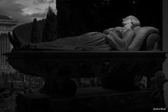 This is the end #19 (Gerhard Busch) Tags: alt figur friedhof genua italien kunst marmor staglieno stein figuren marode