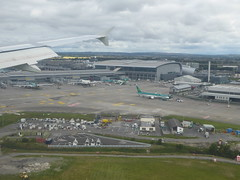 Dublin Airport below (seikinsou) Tags: ireland westmeath summer aerlingus flight windowseat dublin airport
