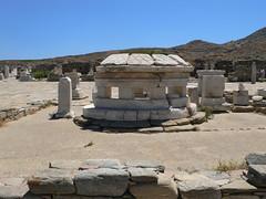 P1280519 (Cinzia, aka microtip) Tags: delos cicladi grecia archeology antichit archaelogy island unescoworldheritagesite mithology sanctuary ancientgreece