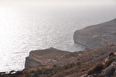 DSC_2346 Dingli Cliffs (David Barrio Lpez) Tags: dingli dinglicliffs acantilado cliff mar mediterraneo sea mediterraneam tuitiofideietobsequiumpauperum ordendemalta orderofmalta hospitalarios ordendesanjuandejerusaln malta malto republicofmalta repubblikatamalta europe europa nikon d90 nikond90 davidbarriolpez davidbarrio