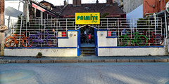 Palmiye Cafe (Rob_Behan) Tags: cafe bike turkey turkie palmiye eskisehir