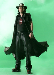 kirac (erikfritzsche) Tags: singer music male man leder leather cuir cuero deri lederhose leatherpants turkey trk trke turk