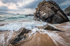 Indarra (PiTiS ~) Tags: mar sea playa beach coast costa rocks rocas ola wave nikon power fuerza laga bizkaia euskadi