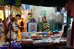 20160831-25-Street stall (Roger T Wong) Tags: 2016 hongkong mongkok rogertwong sel2470z sony2470 sonya7ii sonyalpha7ii sonyfe2470mmf4zaosscarlzeissvariotessart sonyilce7m2 lights night shopkeeper signs street travel