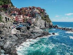 Manarola scene-ME2 copy (savannahivy) Tags: manarola italy travel 5terre sea landscape colorful