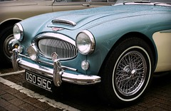 Soligor Wide-Auto F2.8 35mm - Austin Healey 3000 Mk III (TempusVolat) Tags: tempusvolat tempus volat mrmorodo garethwonfor gareth wonfor soligor f28 35mm car austinhealey3000 healey austin sportscar grill lights chrome