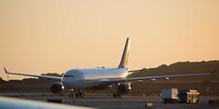 2016_09_25  KLAX stock-4 (jplphoto2) Tags: a330 airbusa330 deltaairlines deltaairlinesa330 jdlmultimedia jeremydwyerlindgren klax lax losangeles losangelesinternationalairport aircraft airplane airport aviation