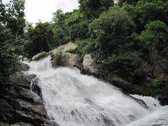 Monkey Falls near Pollachi, Tamil Nadu (Siva301in) Tags: india canon waterfalls tamilnadu coimbatore sivakumar monkeyfalls ixus95is canonixus95is ixus95 siva301in bsivakumar sivakumarbalasubramanian