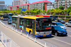 [Buses in Beijing] Jinghua BK6150K  BPT #54662 Front-right at Zhongguancun West (tonyluan1990) Tags: bus publictransit beijing  publictransport citybus zhongguancun    dieselbus  beijingpublictransportholdingsltd   beijingpublictransport  zhongguancunbridge1