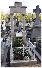 Grave of Guy de Maupassant, Cimetire du Montparnasse, Paris (paulthompson3747) Tags: paris france guy cemetery grave de du montparnasse maupassant 2012 cimetire graveofguydemaupassantcimetiredumontparnasse