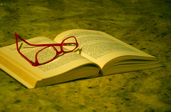 My glasses! (Josiane D.) Tags: red france book pages sheets novel glassses wite