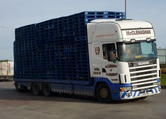 V400 MCL (Cammies Transport Photography) Tags: truck centre 420 tesco lorry livingston distribution scania 124l slamannan mclenaghan v400mcl