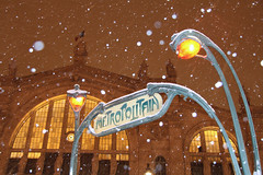 Gare du Nord - Paris (France) (Meteorry) Tags: winter snow paris france station underground subway europe gare hiver january neige flakes blizzard garedunord ratp sncf hectorguimard flocon meteorry 2013 placenapoloniii mtropolitiain