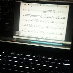 เขียนโน๊ตได้ครึ่งเพลงละ 22 ห้อง