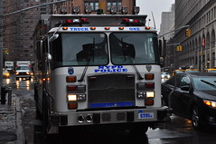 NYPD ESU Truck 1 (Triborough) Tags: nyc newyorkcity eastvillage ny newyork truck manhattan nypd greenwichvillage truck1 newyorkcounty esu eone emergencyserviceunit newyorkcitypolicedepartment