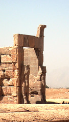 persepolis (paologmb) Tags: sculpture art iran persia shiraz archeology persepolis dario fars paologamba paologmb moyanit abukij
