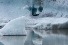 Fjallsrln Glacier Lagoon (paolo-p) Tags: acqua water ghiaccio ice riflessi reflections fjallsrlnglacierlagoon islanda iceland