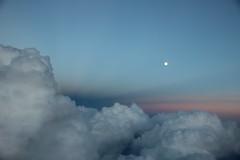 coucher de soleil (Cigaleto) Tags: soleil nuages rose lune avion vue coucher rve