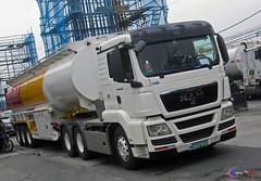 MAN TGS 33.430 | Flammable Tanker (Next Base) Tags: czeon santos man tgs 33430 | flammable tanker model engine chassis axle wheel 6x4 shot location aboni