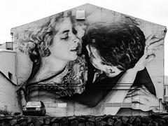 "Reto Semanal 176: Beso en BN_""Love in Reykjavk"" (M.P. Melin) Tags: black white reykjavik islandia iceland love amor streetphotography"