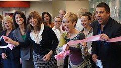 Ribbon cutting (DMC Heals) Tags: dmc detroitmedicalcenter huronvalleysinai jaytowers fresh100 mammathon