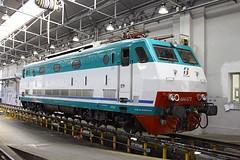 E.444 078, Milano Centrale, 5 Nov 12 (Mr Joseph Bloggs) Tags: milan train tren milano central shed engine depot treno fs centrale trenitalia treni 444 078 e444 e444078 444078
