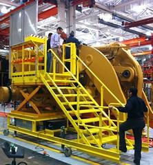 Articulating dozer access platform