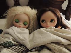 12.365- Blythe a day Nov17- Blankets