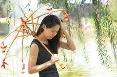 1100 On a willowy path--Manjalara Park , Kuala Lumpur , Malaysia (ngchongkin) Tags: park umbrella harmony malaysia soe thegalaxy panoramafotogrfico dreamsilldream perfectioninpictures vivalavidalevel1 theredgroup theyellowgroup lamiasonata niceasitgets rememberthatmomentlevel1 magicmomentsinyourlife thelooklevel1red thelooklevel2yellow thelooklevel3orange thelooklevel4purple thelooklevel5green thelooklevel6blue thelooklevel7white thelooklevel8gold administrationgalleries finalgameaward80