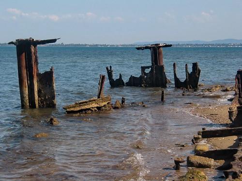 redcliffe wreck shipwrecks wrecks beaching sinkingship stranding scheepswrak gayundah sinkingships gayundahwreck beachedships scheepswrakken gayundahwoodypointredcliffe hmqsgayundahwoodypoint shipwreckredcliffe shipwreckwoodypoint