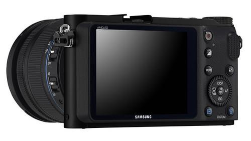 Samsung-NX210-3