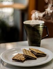 coffee break (Bruno R. Rausch) Tags: coffee café photography for all afternoon top smoke © explore rights r bruno reserved tarde allrightsreserved xícara fumaça foco rausch cafédatarde todososdireitosreservados bruunorr ©brunorauschphotograpghy