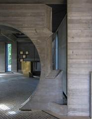 Brion (schromann) Tags: friedhof concrete cemetary tomb chapel altar carlo brass vega tomba brion beton scarpa brut kapelle cimitario 20120929venedig