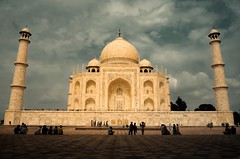 taj-mahal-agra-postcard-india