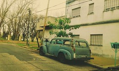 Martelli (clicks trifasicos) Tags: ferbarrientos argentina buenosaires mercedes villamartelli visionesdelcamino ojoscitadinos camioneta truck