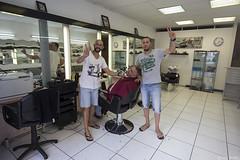 Salon de coiffure (Tim Boric) Tags: marseille salondecoiffure kapper kapperszaak hairdresser barbershop