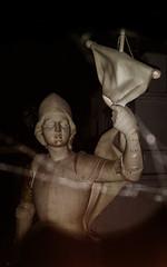 20160908_111537 copie (C&C52) Tags: intrieur sculpture buste marbre femme sainte patrimoine smartphone