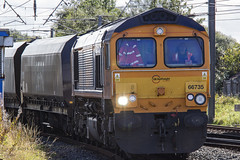 66735 6H97 (Rossco156433) Tags: barassie scotland ayrshire southayrshiretrain loco locomotive diesel engine gbrf europorte class66 shed freight gbrailfreight gm generalmotors 66735