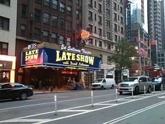 NYC_Late_Show (el_visigodo) Tags: nyc usa newyork broadway lateshow 2012 davidletterman elvisigodo sonyericssonxperianeov edsulivantheater
