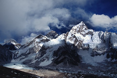 Himalaya #12 - Everest view near Kala Patthar (5545m) (lukas kozmus) Tags: blue schnee nepal camp sky panorama snow mountains ice rock clouds trekking trek lost photography photo stream foto fotografie jet picture wolken pic glacier berge lukas shep alpha himalaya bild 700 gletscher khumbu everest kala base climbers ebc nuptse sherpas mounteverest sagarmatha 2011 lobuche gorak a700 dughla solu patthar changtse kozmus lukaskozmus