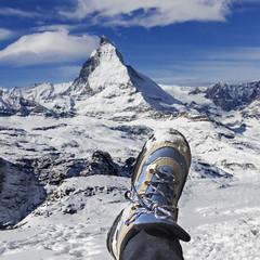 Good moments (Pilar Azaa Taln ) Tags: snow switzerland europa paradise suiza nieve gornergrat valais paraso matterhorncervino pilarazaataln mountainboot botademontaa copyrightpilarazaataln
