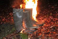 IMG_2319 (sim_hom) Tags: burning wellies