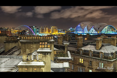Snow capped Roof tops (Mike Ridley.) Tags: longexposure snow cold skyline night clouds newcastle landscape photography frozen frosty baltic millenniumbridge gateshead tynebridge nighttime nightscene northeast brassmonkey canon1740mmf4lusm northeastengland mikeridley sagetheatre tynesidenewcastle canon5dmkll fellwalker1