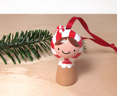 (magicbeanbuyer) Tags: christmas red white holiday tree miniature doll candy mint ornament kawaii figure ribbon collectible figurine kokeshi matryoshka starlight magicbeanbuyer