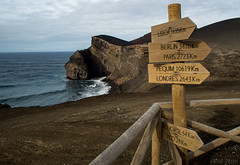 Pole Position (OR_U) Tags: wood sign volcano post pole oru azores 2012 faial capelinhos