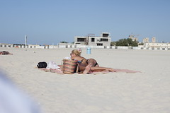 Couple (Jonny Cairns) Tags: trip sea sun holiday beach sand dubai journey whitesand daytrip jumera