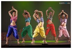 Bollywood, el viaje - Teatro Zorrilla (Giuseppe Foto) Tags: espaa india spain danza valladolid baile kathakali espectculo coreografa sunnysingh josmaramartnez teatrozorrilla bailamosbollywood sureshsingh giuseppefoto2012 bollywoodelviaje